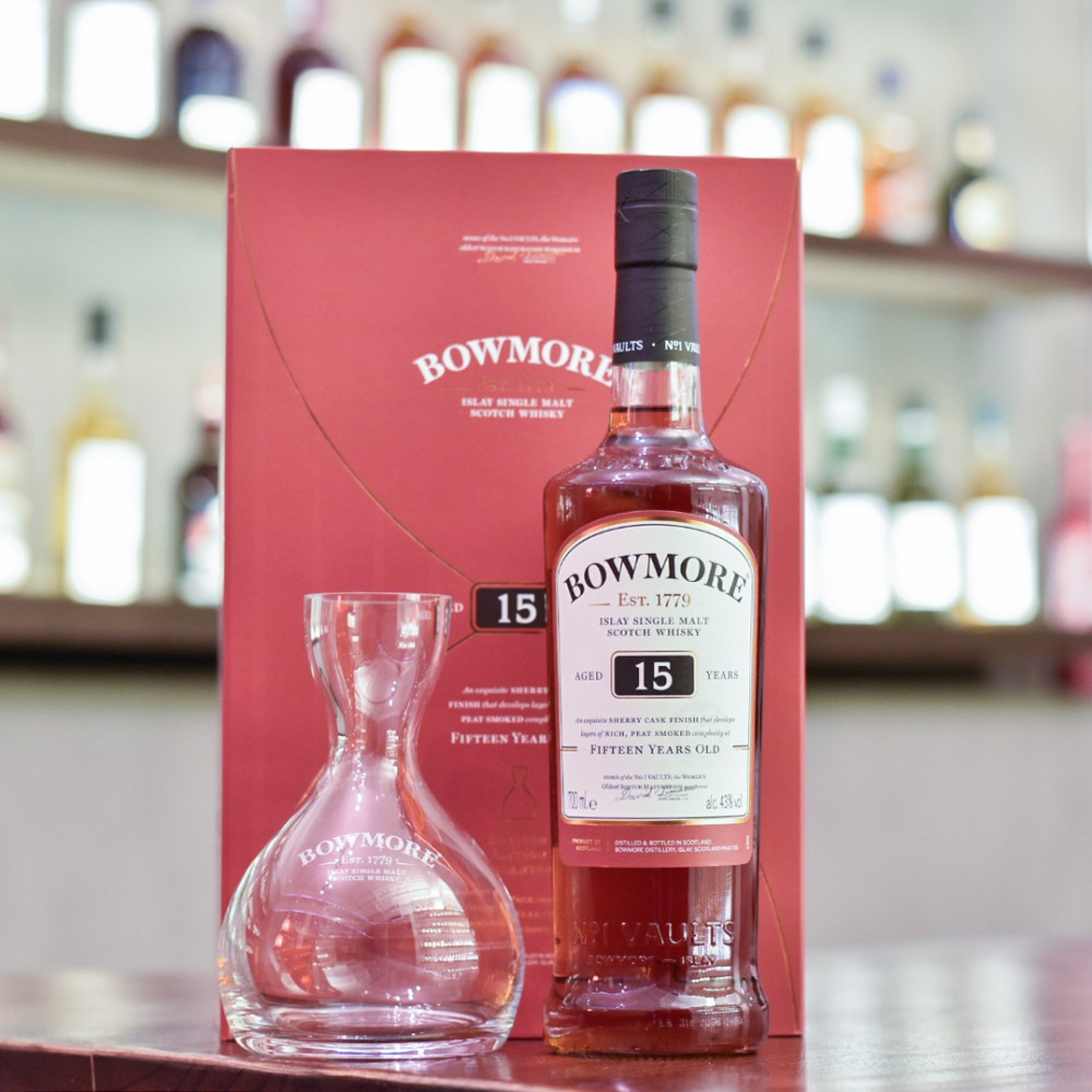 Bowmore 15 Year Old - Gift Set