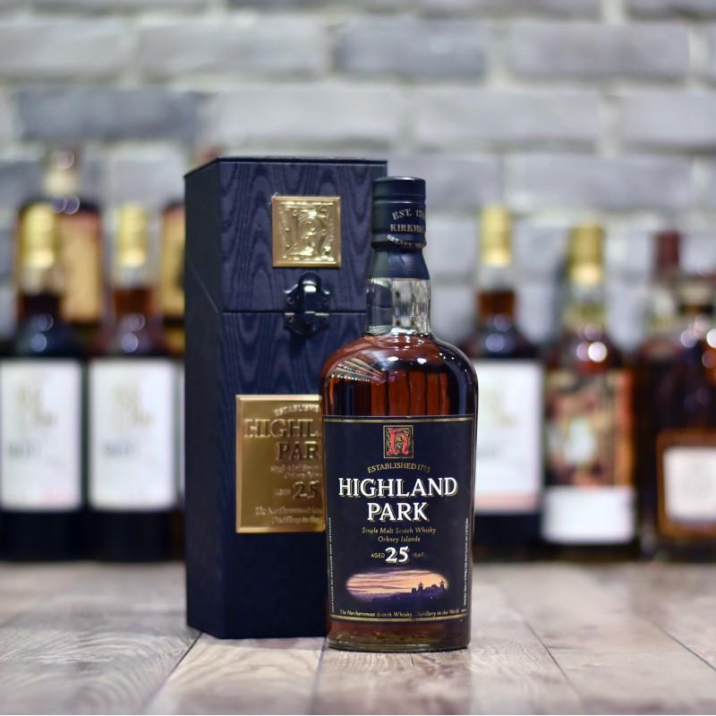 Highland Park 25 Year Old - Older Bottling