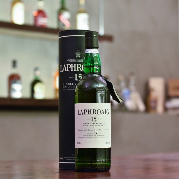 Laphroaig 15 Year Old - Older Bottling