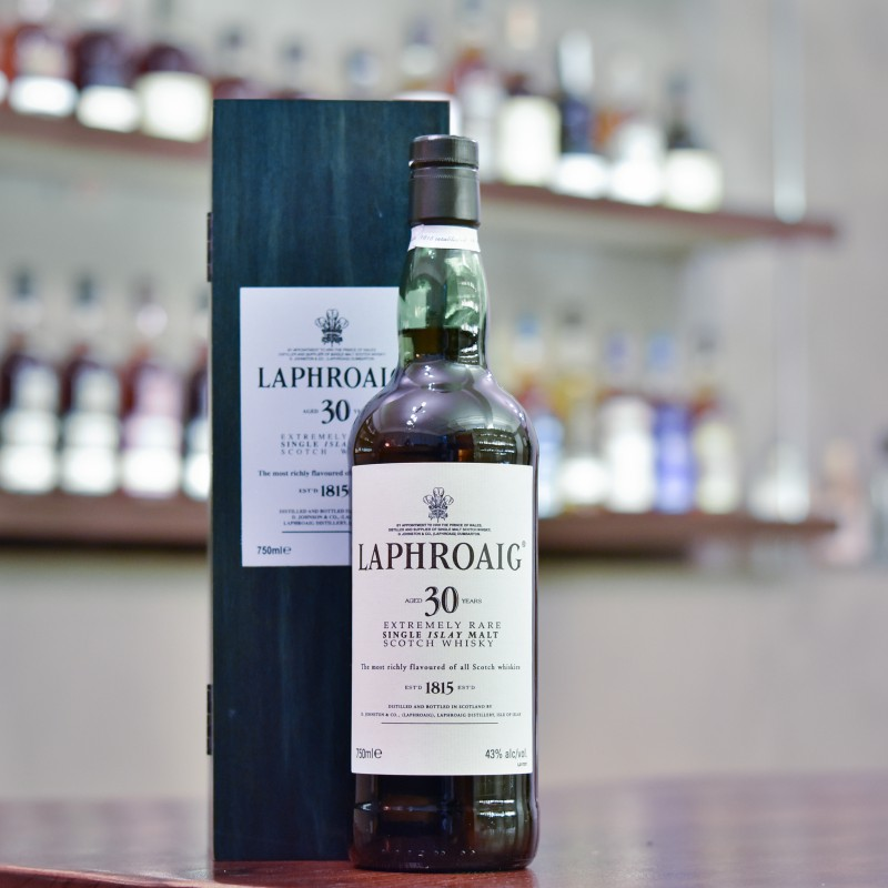 Laphroaig 30 Year Old - 2000s Bottling