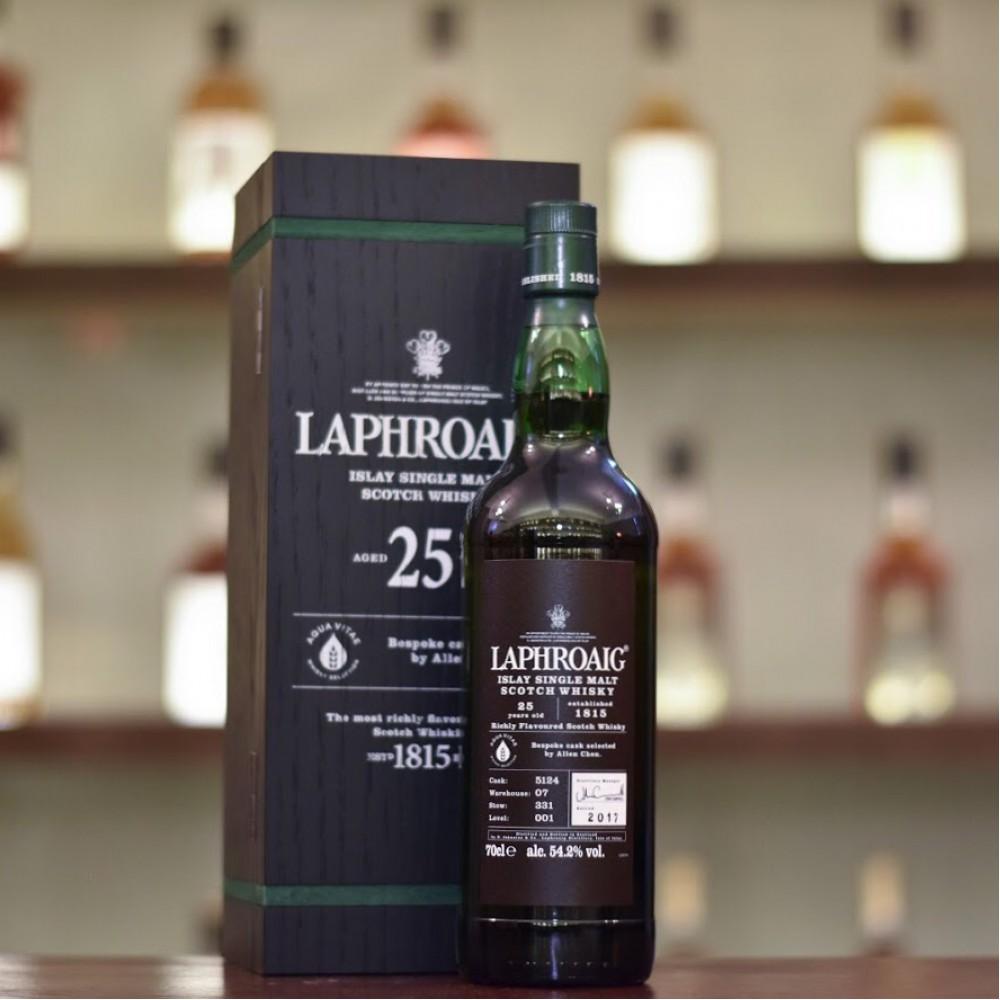 Laphroaig 25 Year Old for Aqua Vitae Cask 5124